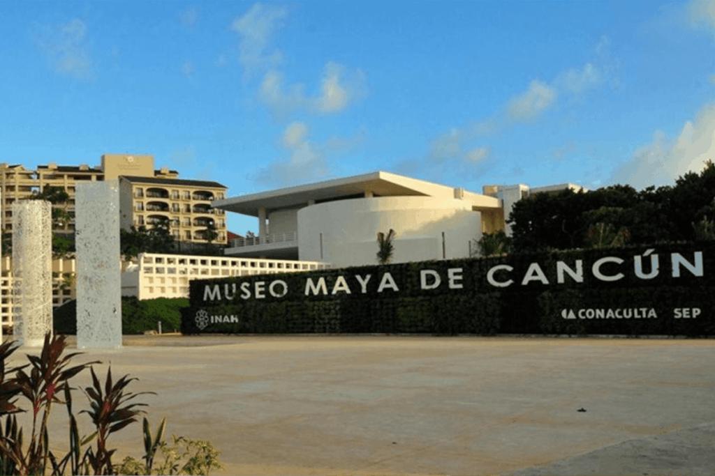 Lugares para visitar en Cancún - Museo Maya de Cancún
