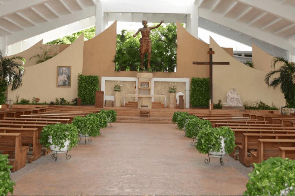 Lugares para visitar en Cancún - Parroquia de Cristo Resucitado