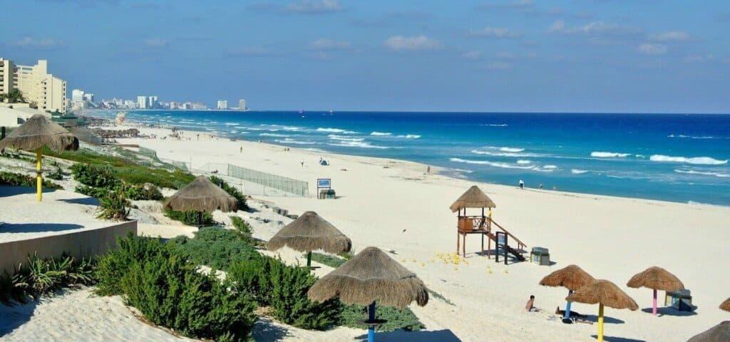 playa delfines cancun hoteles