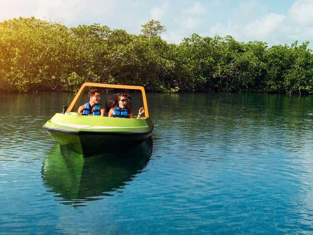 plaza la isla cancun actividades acuaticas