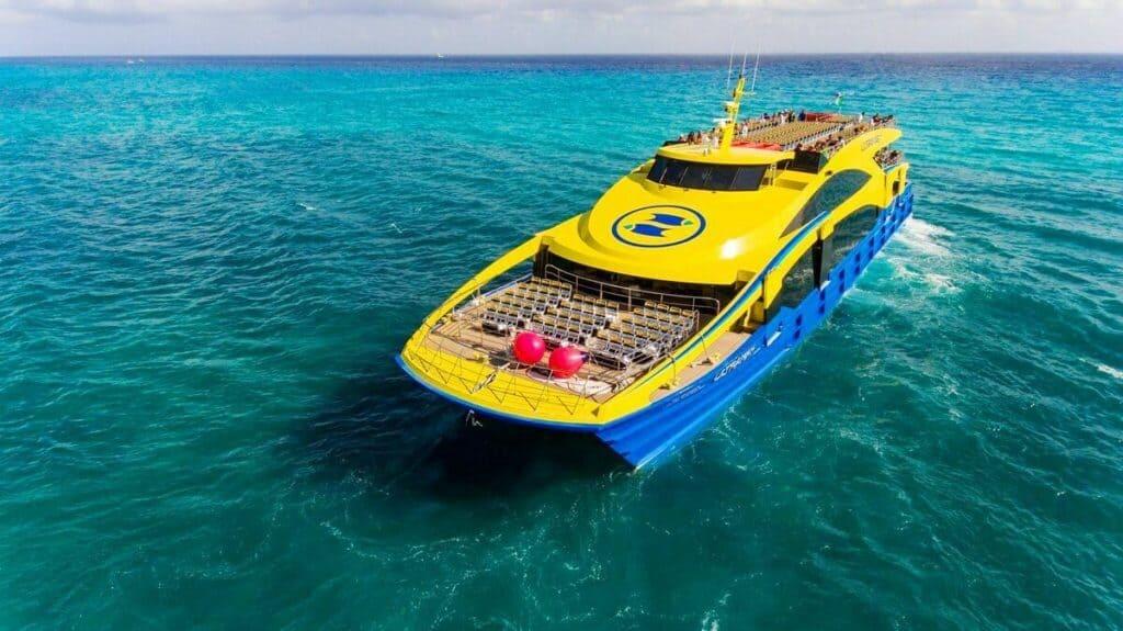 que hacer en cancun - ferry isla