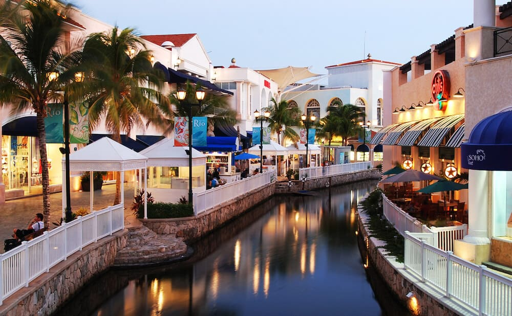 que hacer en cancun - plaza la isla