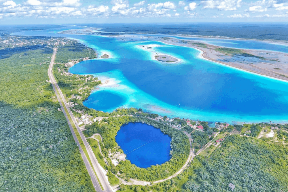 Laguna de Bacalar - La Laguna Bacalar, una maravilla de 7 colores