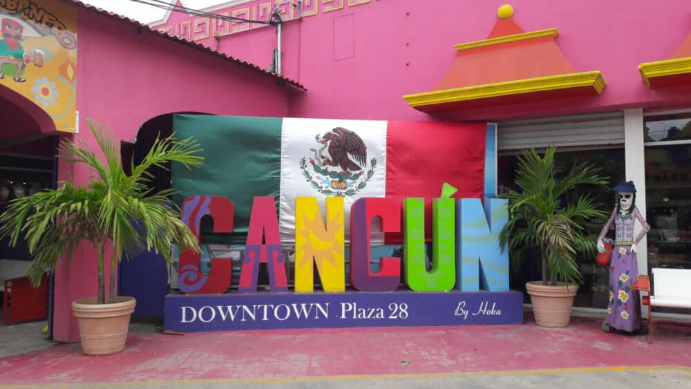 Lugares turísticos en Cancún - Mercado 28