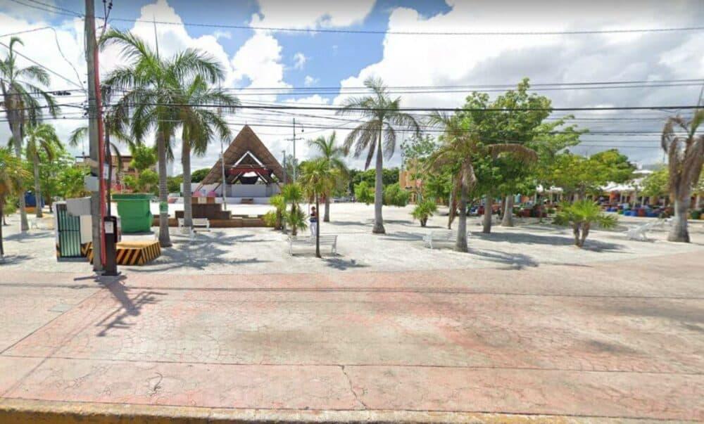 Lugares turísticos de Cancún - Parque de las Palapas