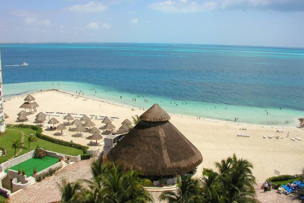 Lugares turísticos de Cancún - Playa Langosta