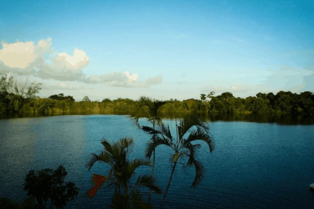 Pueblo Mágico Bacalar - El Cenote Azul