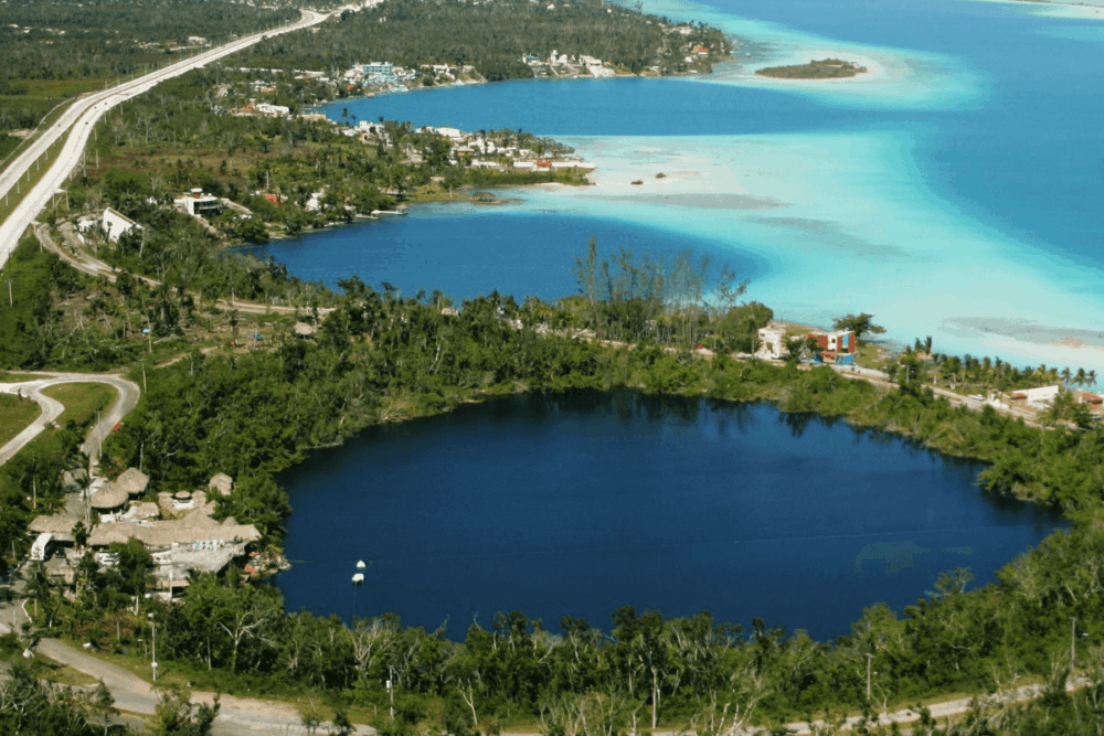 Qué hacer en Bacalar - El Cenote Azul