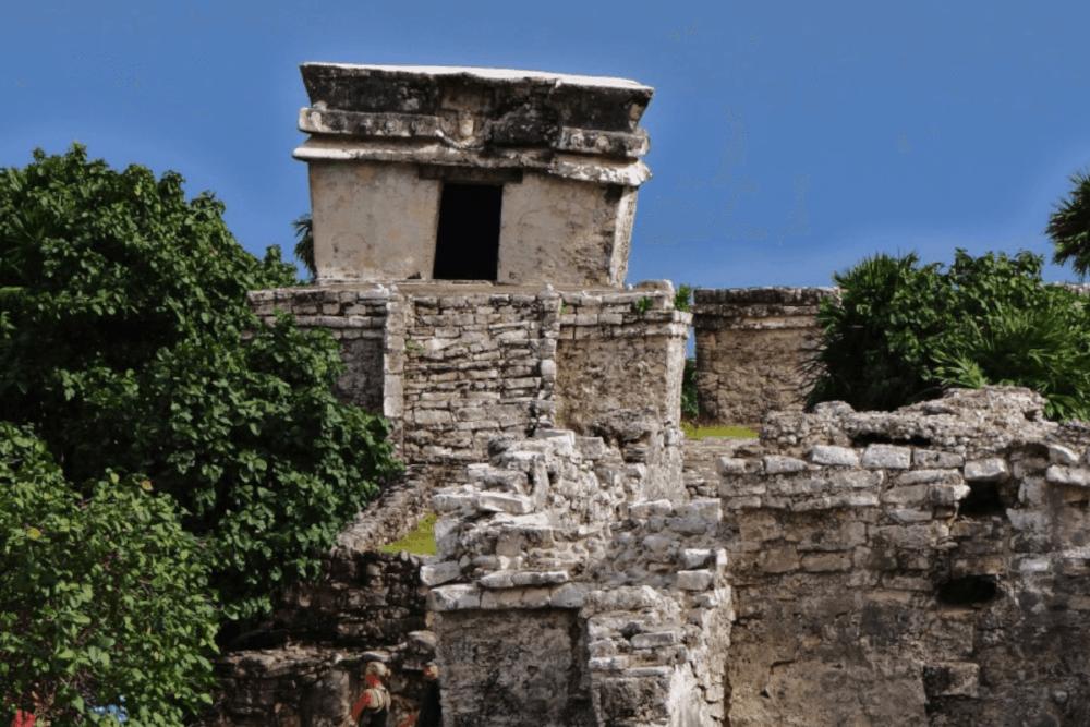 Ruinas de Tulum - El Templo del Dios Descendiente