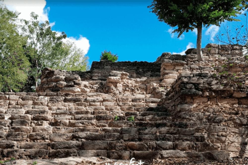 Izamal Yucatán - Pirámide Habuk