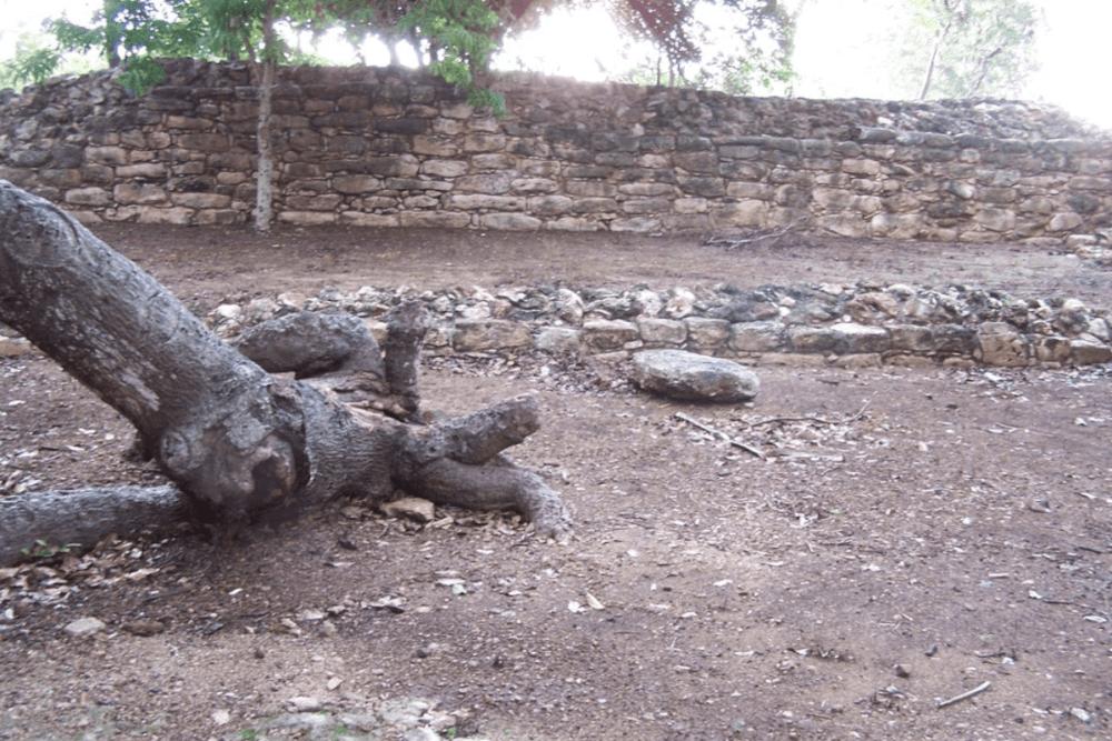Izamal Yucatán - Pirámide el conejo (Tu'Ul)