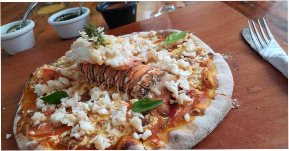 Qué hacer en Holbox - Pizza de langosta