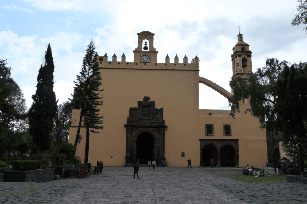 Valladolid Yucatán Pueblo Mágico - El templo y el ex convento de San Bernardino de Siena