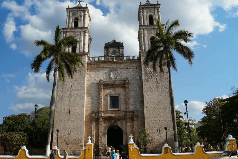 Valladolid Yucatán Pueblo Mágico - Iglesia de San Servacio