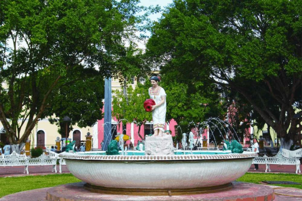 Valladolid Yucatán Pueblo Mágico - Plaza principal Francisco Cantón Rosado