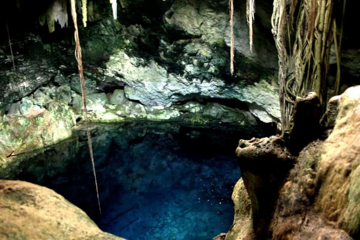 Cenotes de Cuzamá - El Cenote Chak-Zinik-Ché