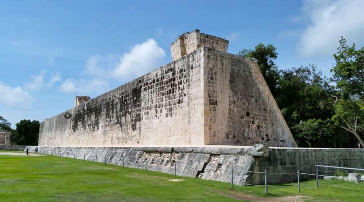 Chichén Itzá Historia - Juego de Pelota