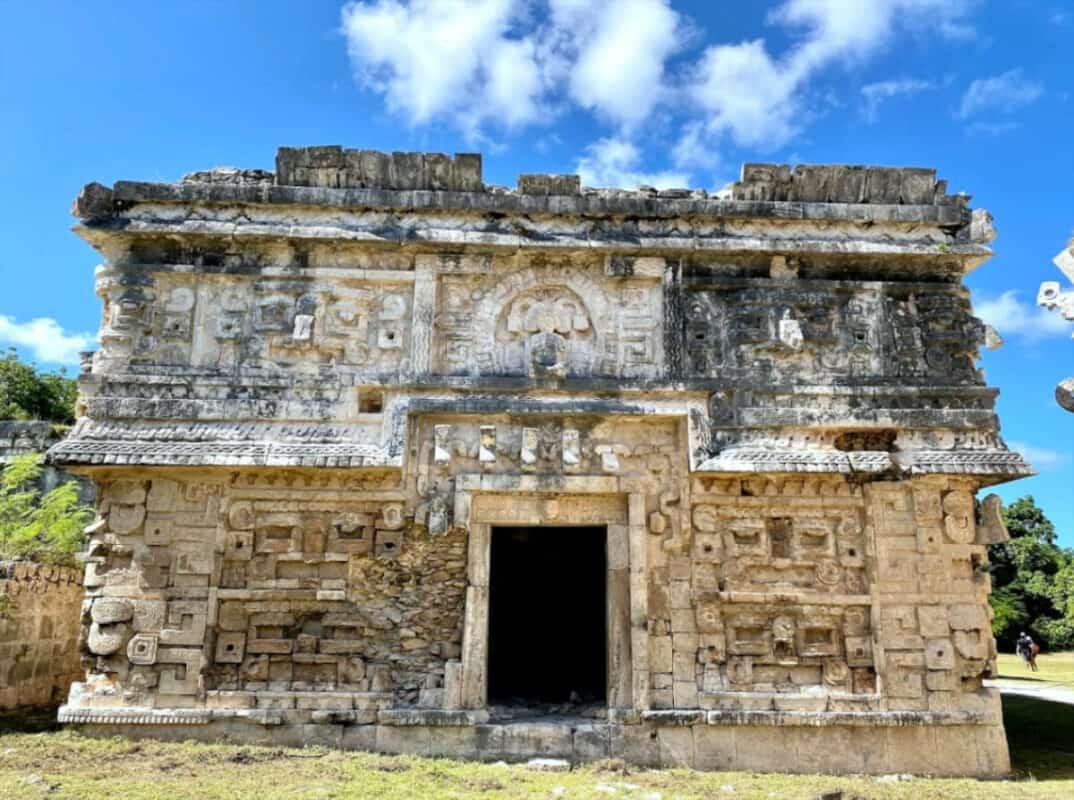 Chichén Itzá Historia - La Iglesia