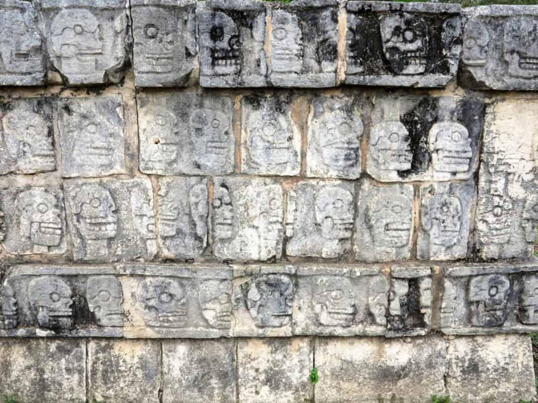Chichén Itzá Historia - Tzompantli