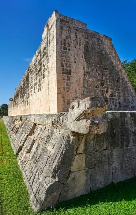 Chichén Itzá Juego de pelota - Extremo de la cancha