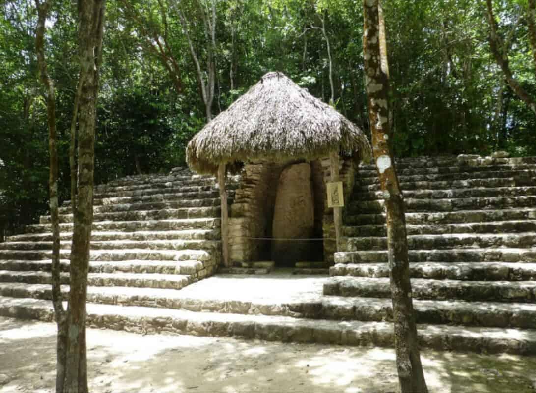 Cobá Quintana Roo - Estela