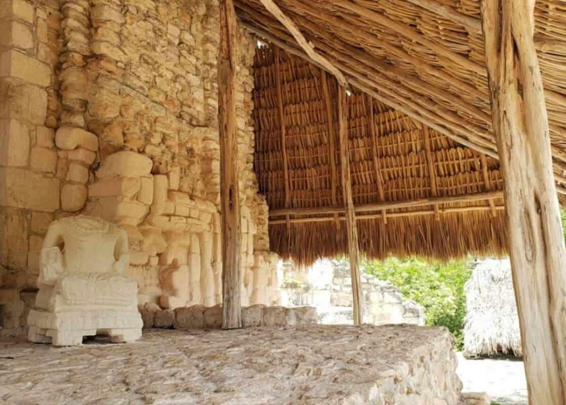 Ek Balam - Escultura de piedra