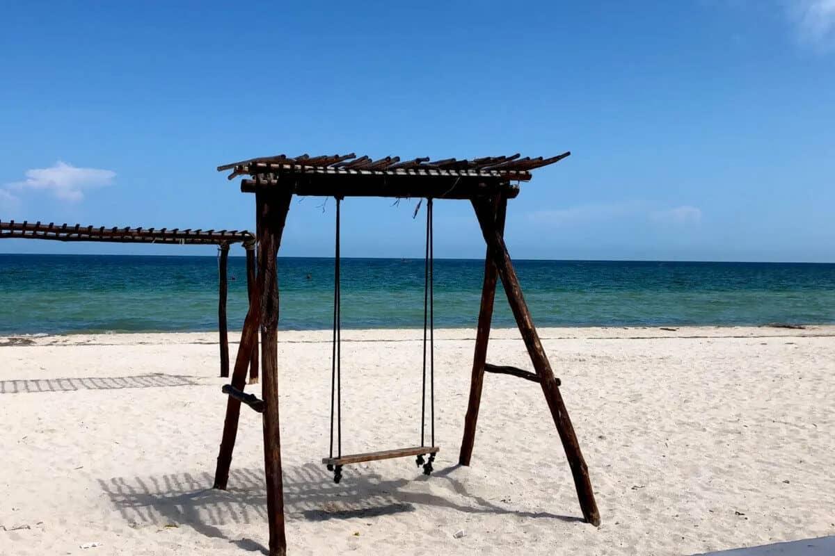 Las mejores Playas de Yucatán - La Playa Telchac Puerto