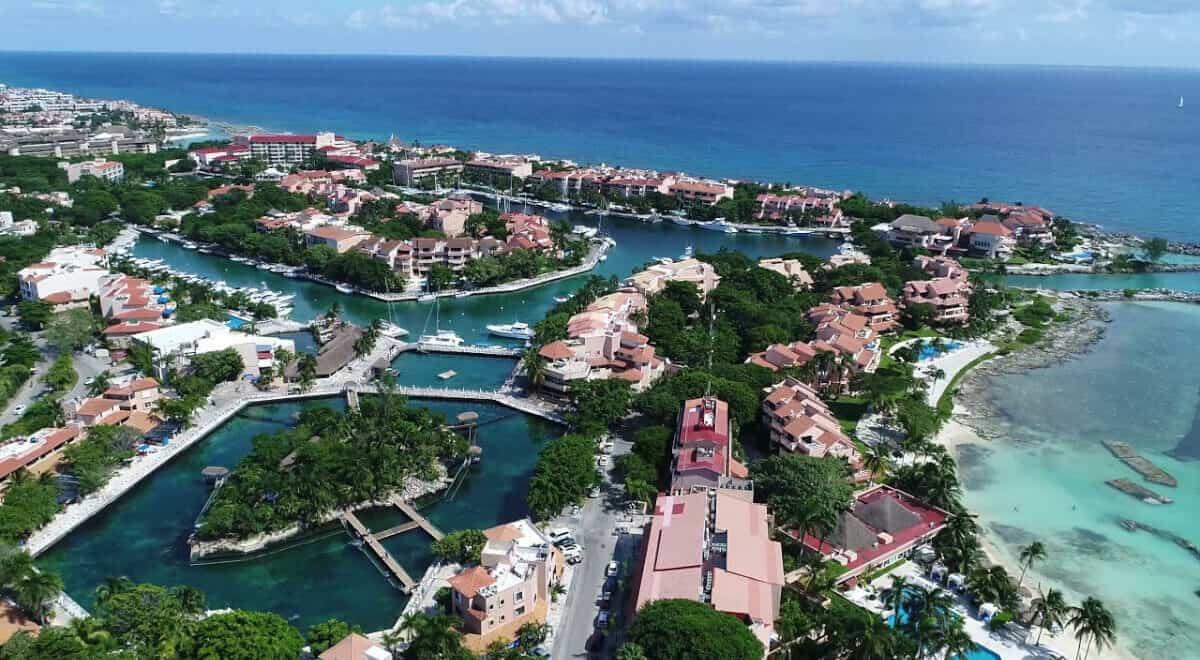 Puerto Aventuras - Localidad