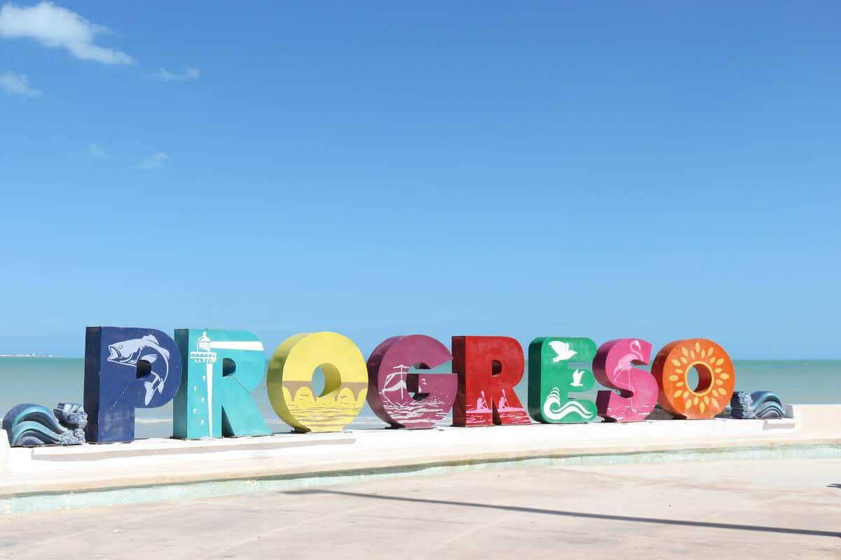 Puerto Progreso Yucatán - Letras de colores