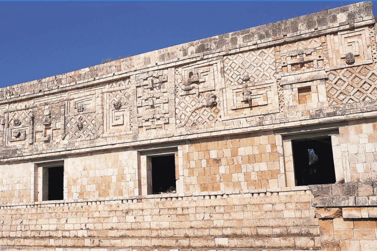 Uxmal Yucatán - Los Cuadrángulos de las Monjas