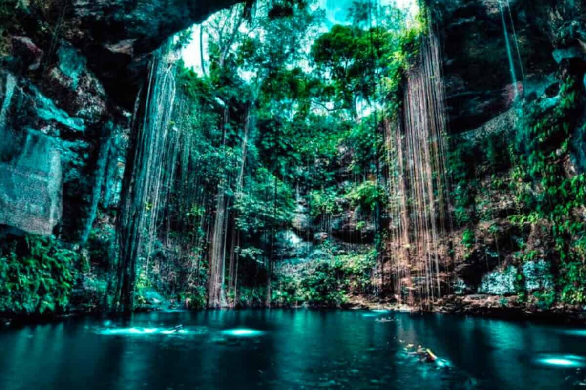 Cenote Lol-Ha - Qué servicios ofrece el Cenote Lol-Ha a todos sus visitantes
