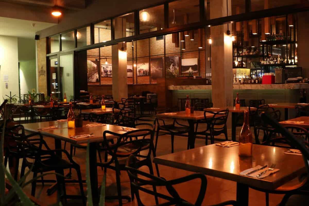 Los mejores restaurantes de Cancún - Restaurante The Bears Den International Kitchen