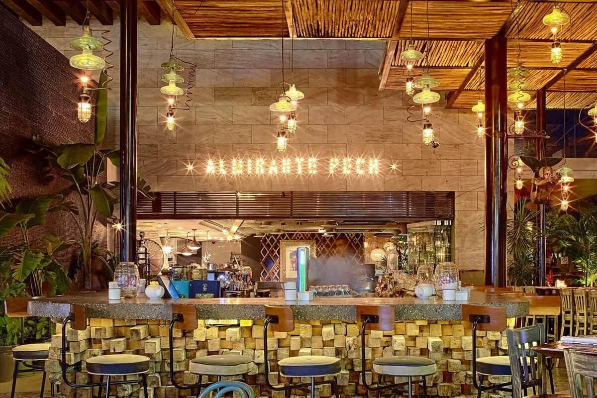 Mejores Restaurantes Playa del Carmen - Restaurante Almirante Pech