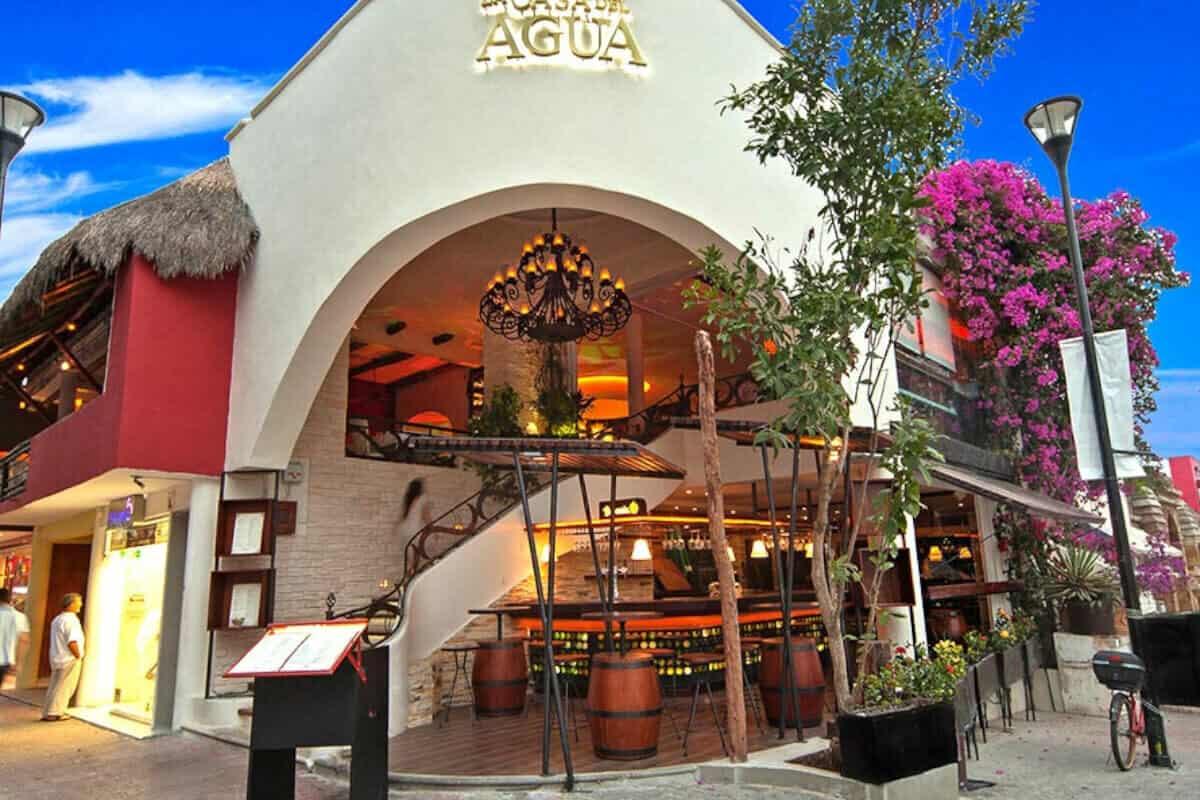 Mejores Restaurantes Playa del Carmen - Restaurante La Casa del Agua