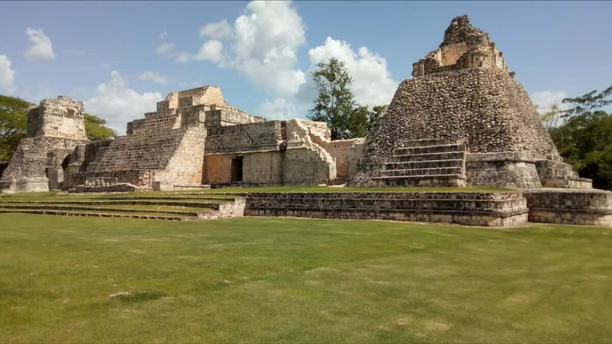 Zonas arqueológicas de Campeche - Dzibilnocac