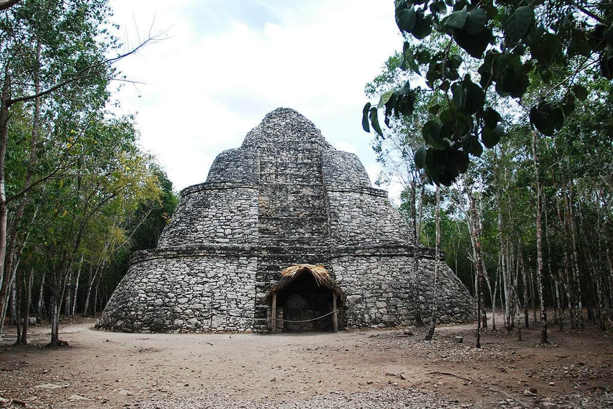 Zonas arqueológicas de México - Zona arqueológica Cobá, Quintana Roo