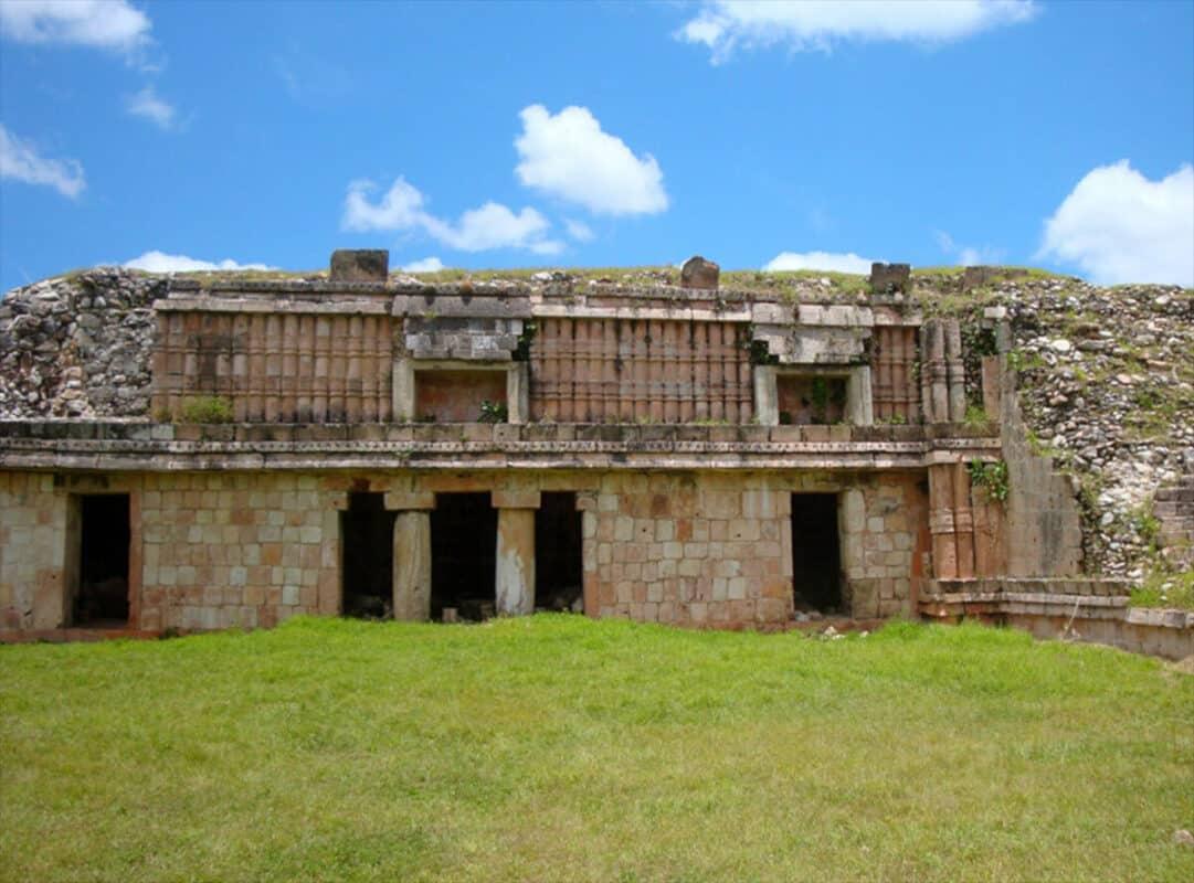 Zonas arqueológicas de Yucatán - Chacmultún