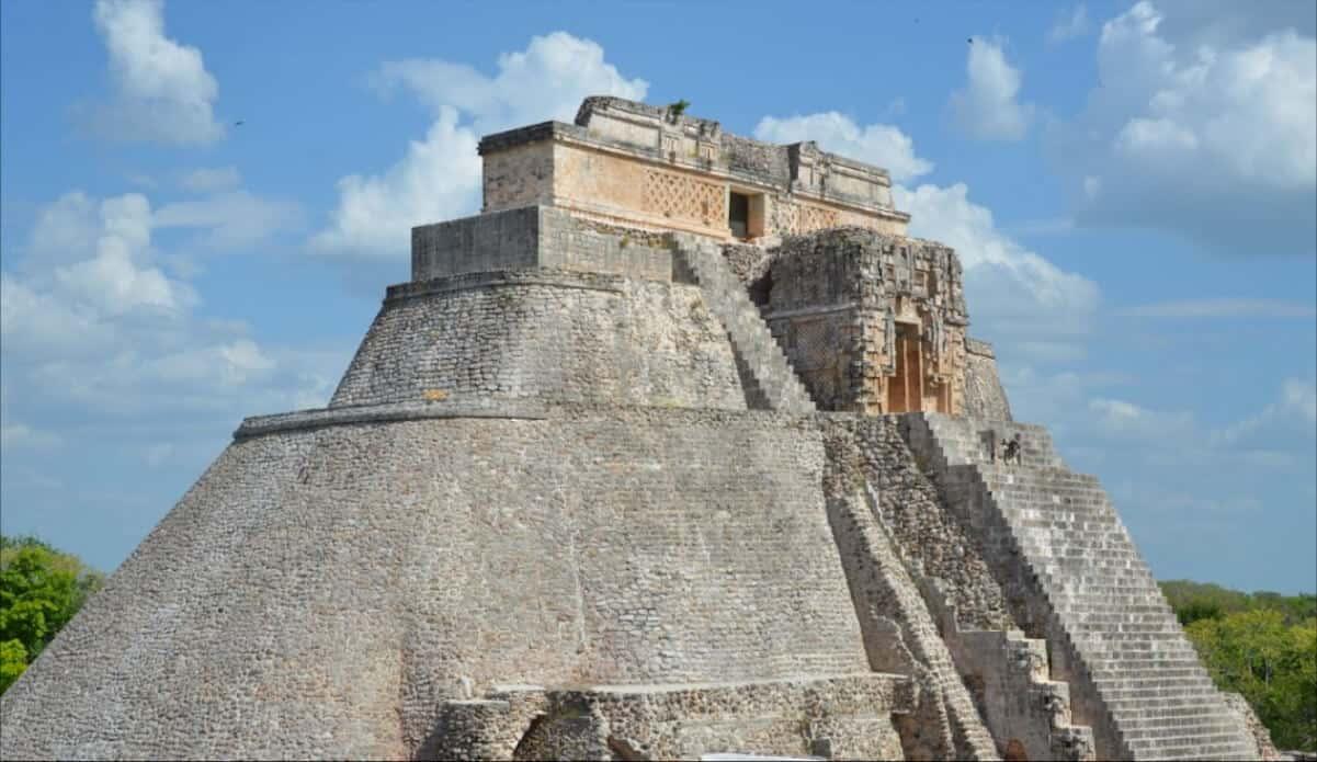Zonas arqueológicas de Yucatán - Uxmal Pirámide Adivino