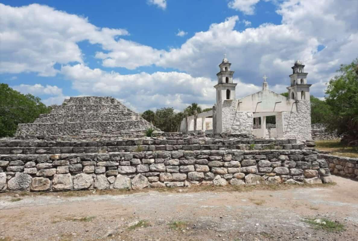 Zonas arqueológicas de Yucatán - Xcambó