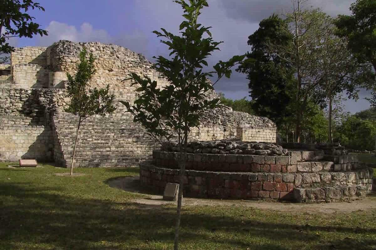 Becan Campeche - Qué ver y conocer en Becan Campeche