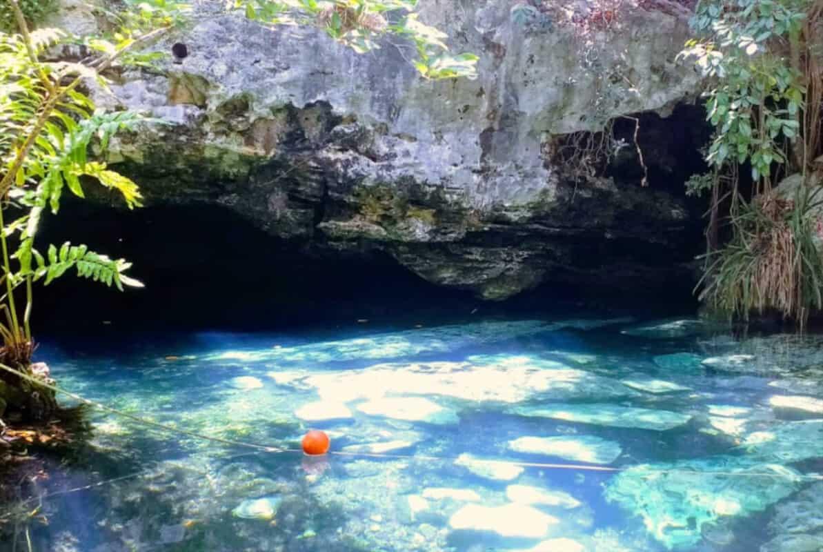 Cenote Jardín del Edén - Acceso a caverna