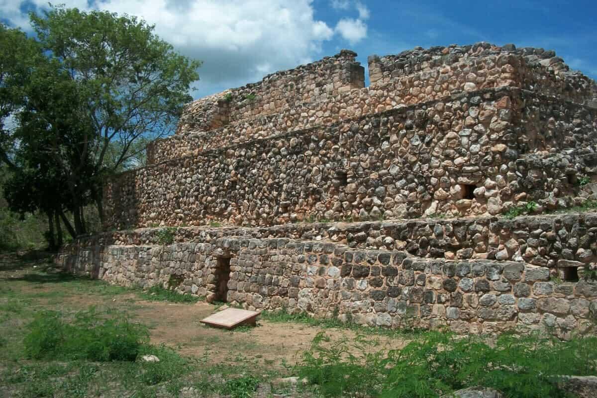 Oxkintok Yucatán - Qué saber de las tres áreas de Oxkintok