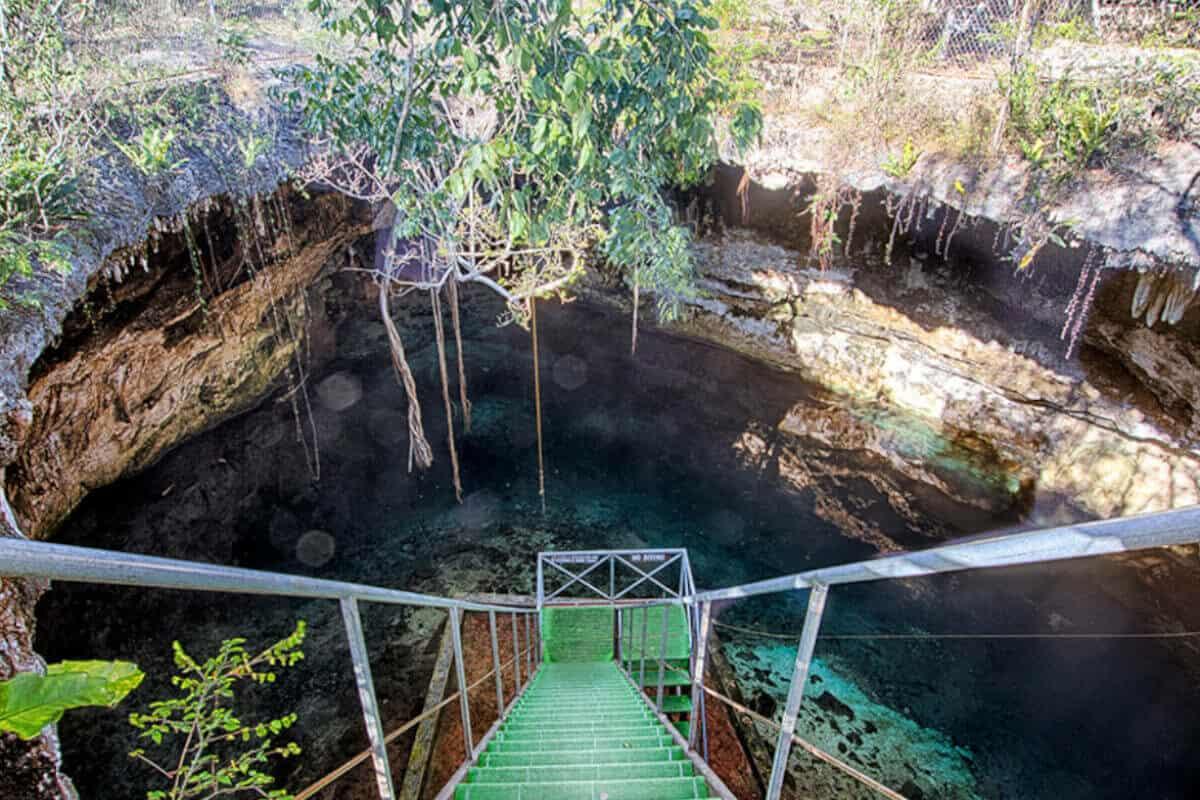 Cenotes de Homún - Cenote Yaxbacaltun