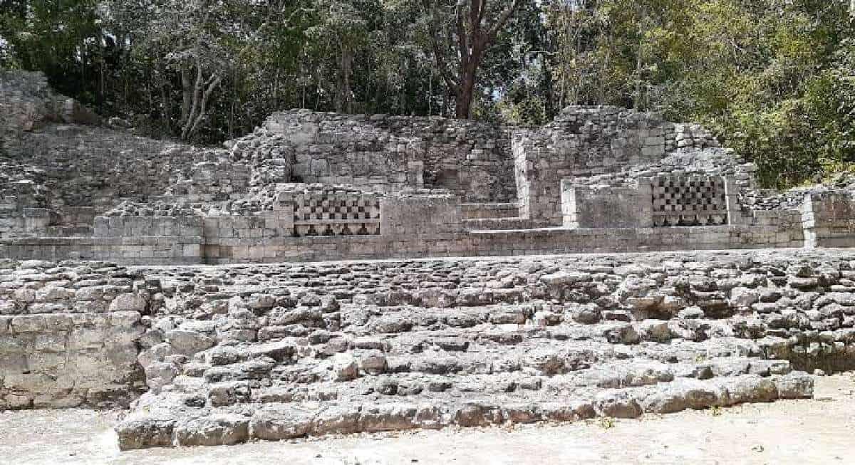 Chicanná Campeche - Estructura XI
