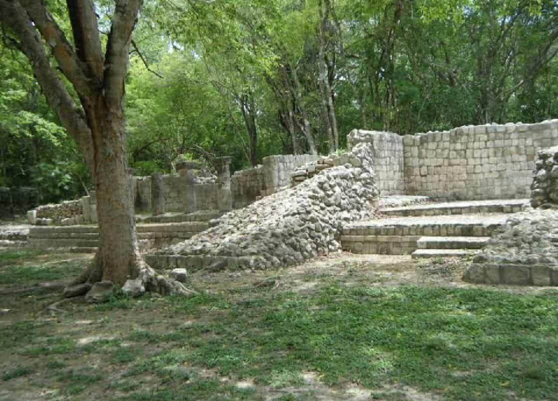 Edzná Campeche - Edificios