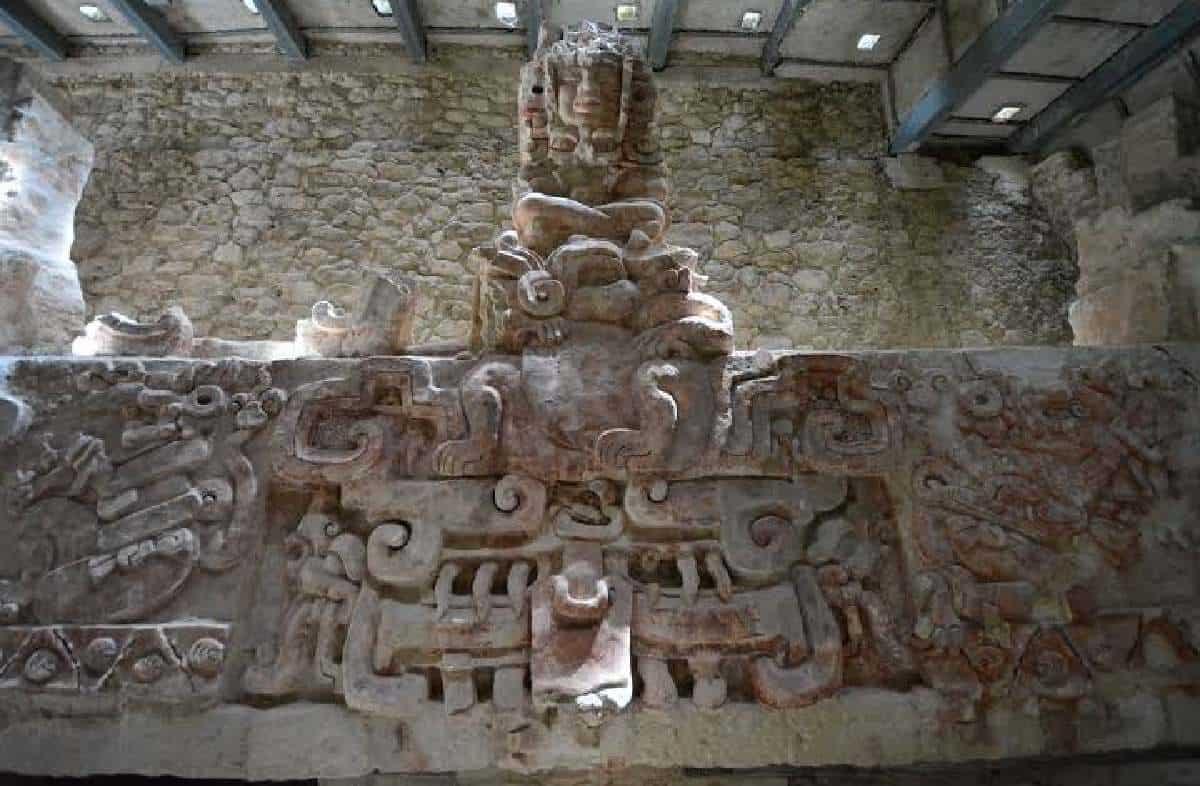 Balamkú Campeche - Friso del universo