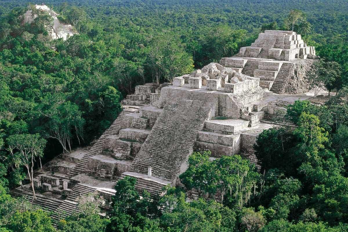 Ciudades principales de los Mayas - Calakmul de Campeche