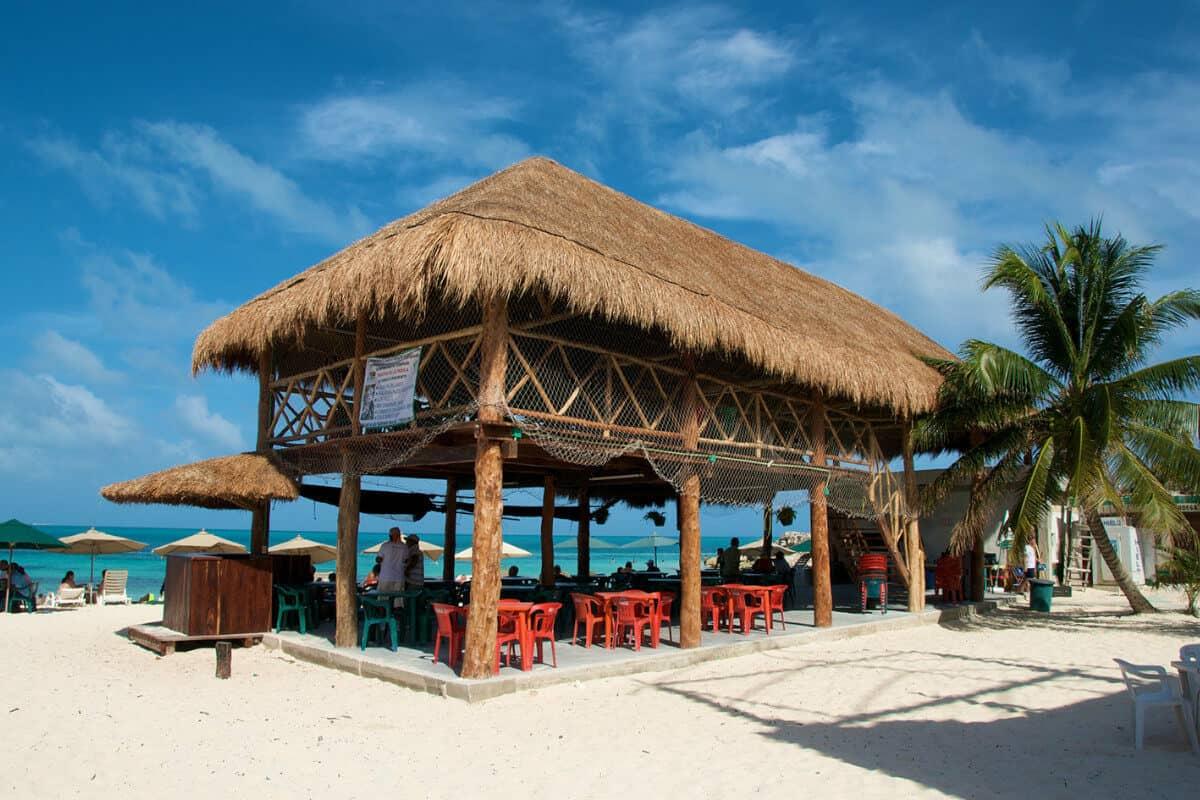Playas públicas en Cancún - Playa Ballenas