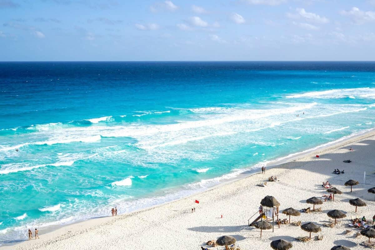 Playas públicas en Cancún - Playa Delfines