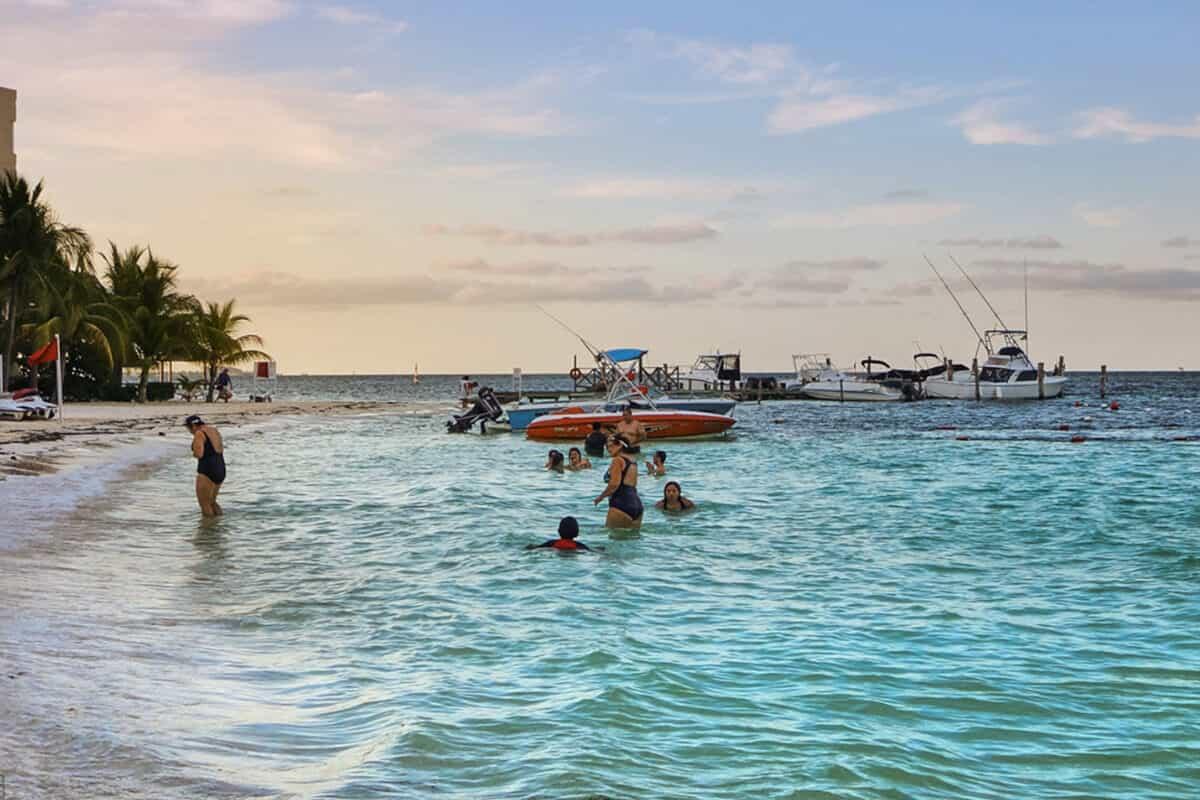 Playas públicas en Cancún - Playa Linda